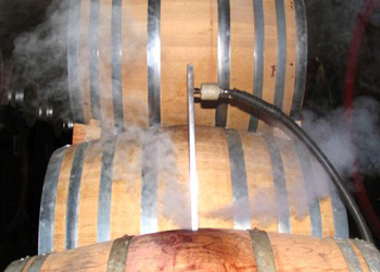 wine barrels can be safely treated with dry steam vapour, to eradicate bretts