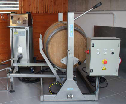 Semi automatic wine barrel cleaner 2
