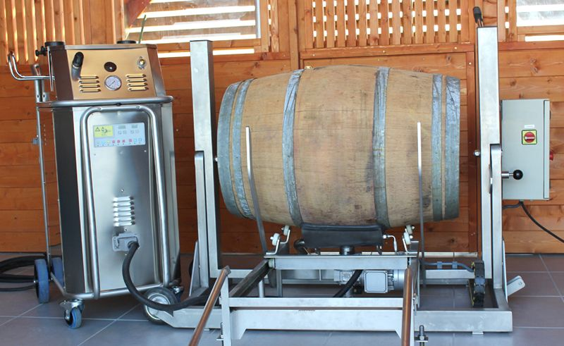 Semi automatic wine barrel cleaner 3